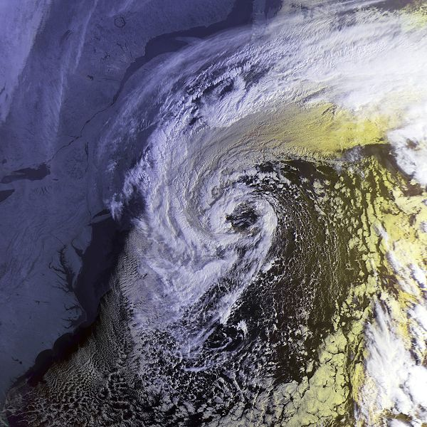 Satellite imagery from the morning of October 30th 1991.